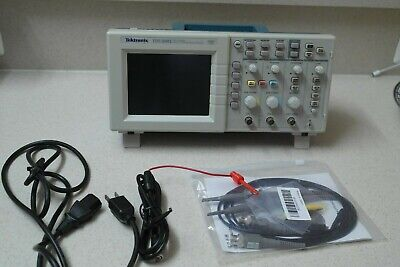Tektronix Tds2002 Oscilloscope Portable 60mhz 2channel- Good Condition