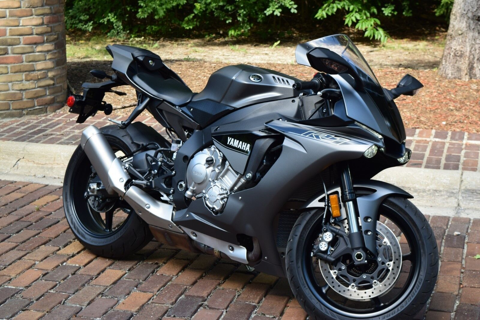 2016 yamaha yzf r1 1000cc 500 miles like new no reserve used yamaha yzf r for sale. Black Bedroom Furniture Sets. Home Design Ideas