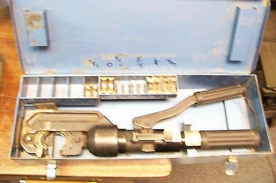 Huskie Cn-58 Hydraulic Hand Crimper With 5 Dies And Case