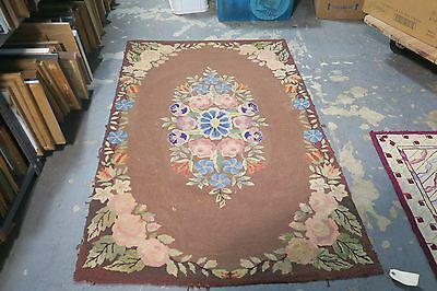 Primitive Antique American Hand Hooked Rug 4' x 5'9 on burlap Floral (Floral American Hooked Rug)