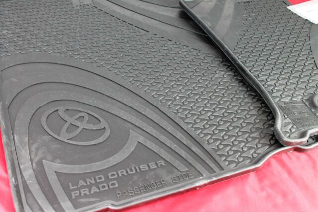 TOYOTA PRADO 150 SERIES RUBBER FLOOR MATS FRONT PAIR MANUAL FROM AUG 13> GENUINE