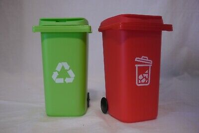 New 2 Desk Decor Pencil Holder Mini Green Recycling Bin Red Garbage Can 6in