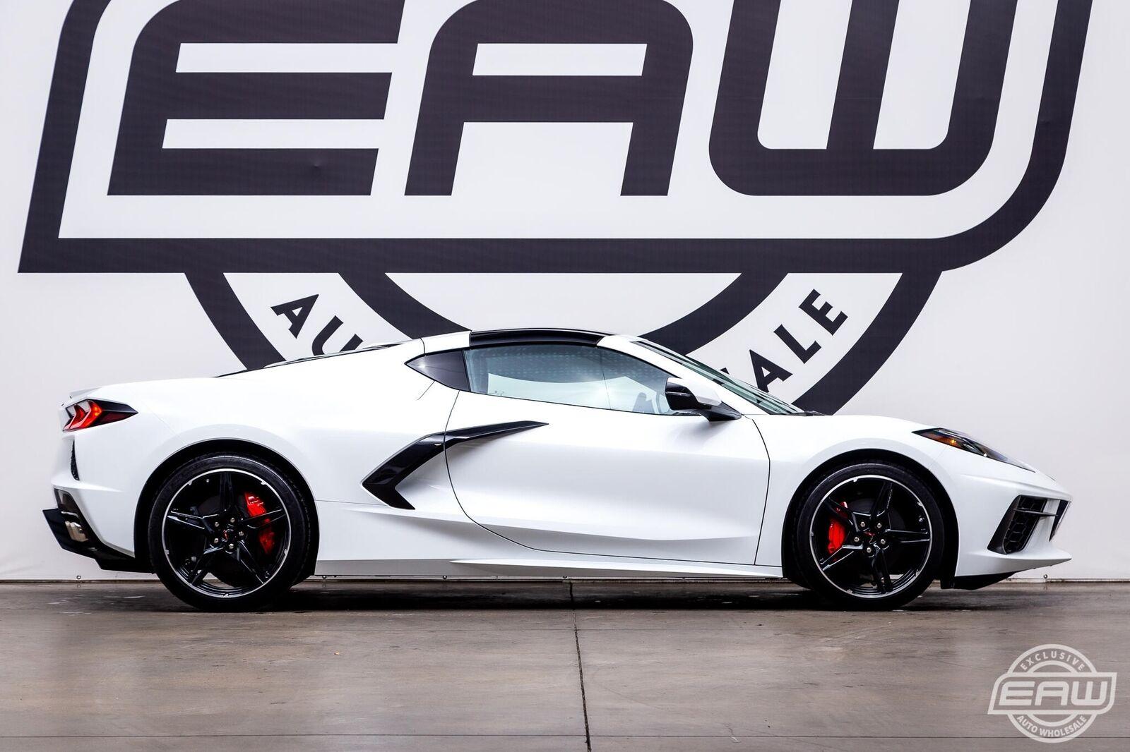 2020 White Chevrolet Corvette Stingray 2LT | C7 Corvette Photo 8
