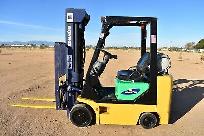 Used Komatsu C 35ax Ps Cap. 3200 Lbs 7591 Hours Forklift