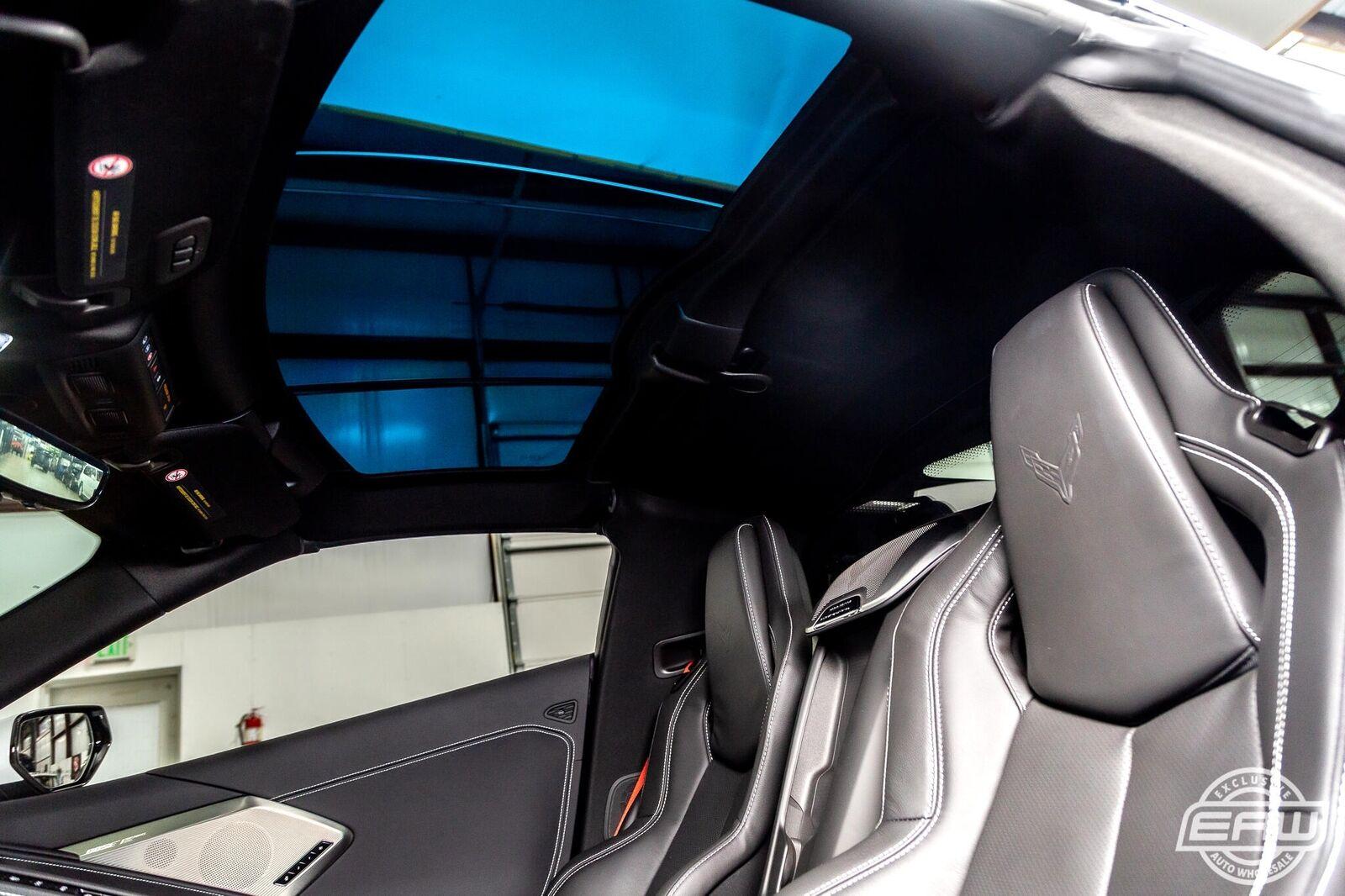 2020 White Chevrolet Corvette Stingray 2LT | C7 Corvette Photo 9