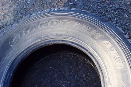 1x Dunlop Grandtrek AT3 All Terrain 4wd Tyres