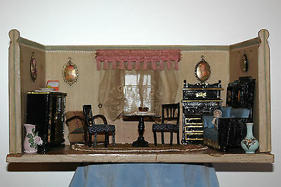 Charmante alte, kleine Puppenstube/Wohnzimmer/Salon, orig.Tapete, Boden 1900-20