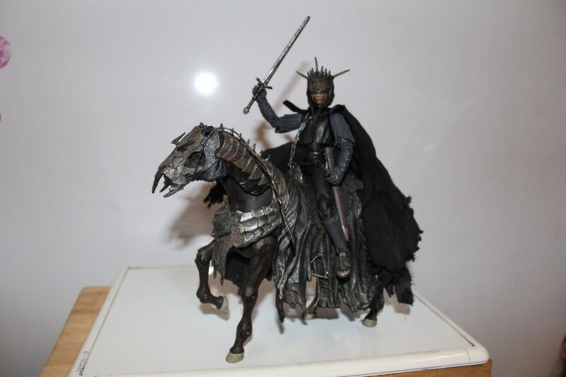 LOTR LORD OF THE RINGS MOUTH OF SAURON AND HORSE STEED LOOSE BLACK GATE MORDOR