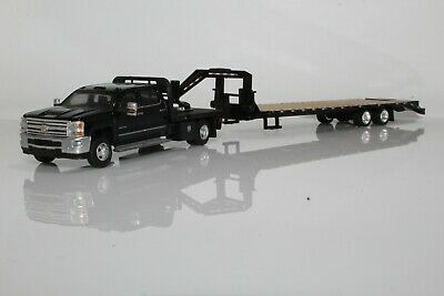 Chevy 3500 Dually Gooseneck Flatbed Trailer 1:64 Scale Diecast Model Truck Black