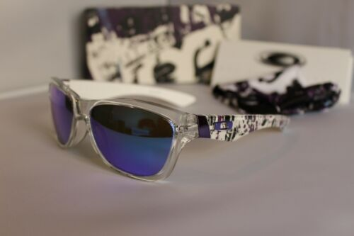 """New Oakley """"Sold Out"""" Jupiter Sunglasses Clear/Violet Iridium 24-206"""