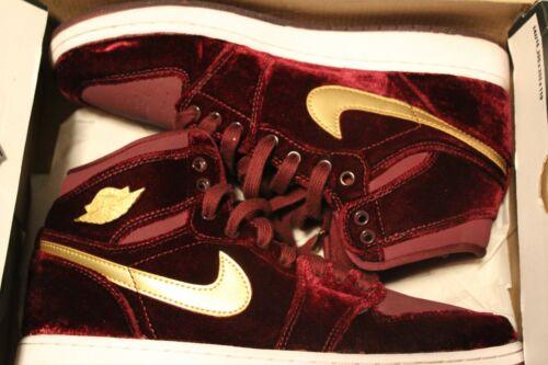 Nike Air Jordan 1 Retro High Premium HC Heiress Velvet 832596-640 Size 7Y