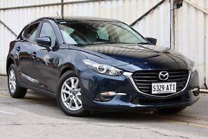 800km Mazda 3 Touring Auto Hatch