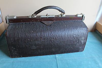 ALTE Arzttasche, Arztkoffer, Hebammentasche Leder Vintage