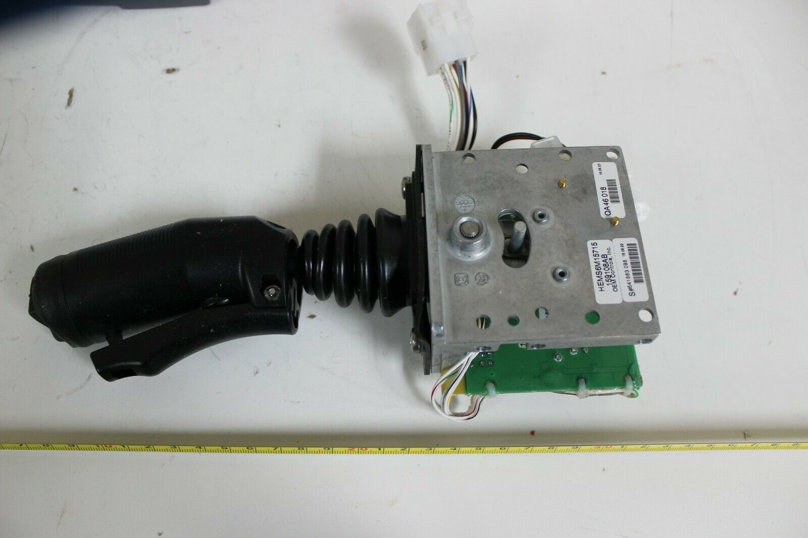 OEM Controls HEMS6M15715, 159108AB MS6 Single Axis Controller Joystick New