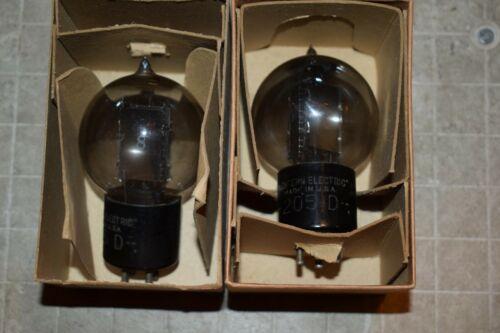 2 VINTAGE WESTERN ELECTRIC 205-D TENNIS BALL TUBES 1 WE 264 C 1 SYLVANIA 1276