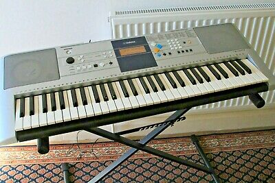 YAMAHA digital keyboard PSR-E323.VGC.