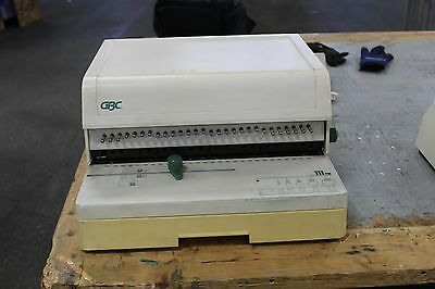 Gbc 111pm-3 Paper Punch And Gbc 110eb-3 Electric Binder