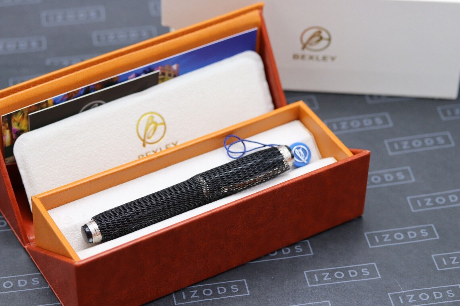 Bexley Golden Age Triangles Arco Verde Limited Edition Fountain Pen 8