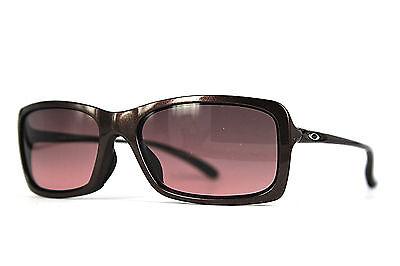 Oakley Damen Sonnenbrille Hall Pass OO9203-06 Ausstellungsstück braun 361 1