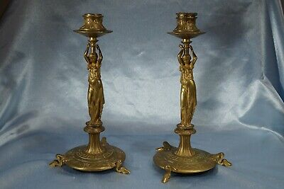 ny Roycroft candle sticks are stunning in gorgeous shades of dusty lavender made in east aurora