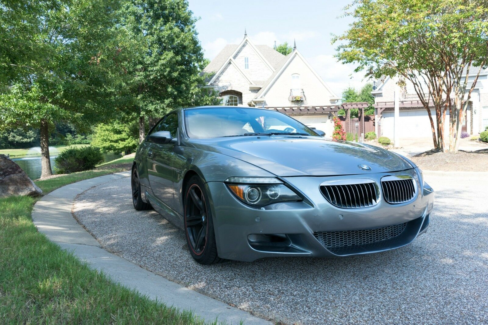 2007 BMW M6 Coupe BMW M6 Coupe 5.0L V10 SMG Coupe 2-Door Low Miles