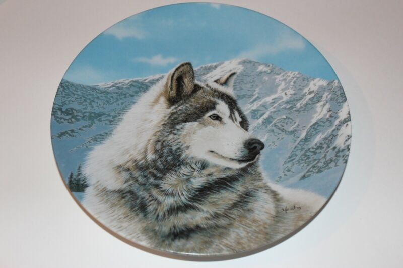 Solitary Watch by Thomas Hirata Collectors Plate Wolf 1992