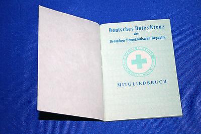 unbenutzt ! Original altes Mitgliedsbuch Deutsches Rotes Kreuz der DDR DRK
