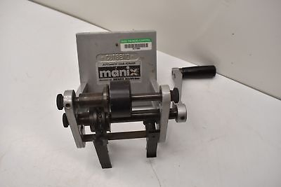 Manix Automatic Lead Former Type Vc