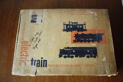 Vintage Marx Sears Allstate Electric Train set No.9617 with Box.