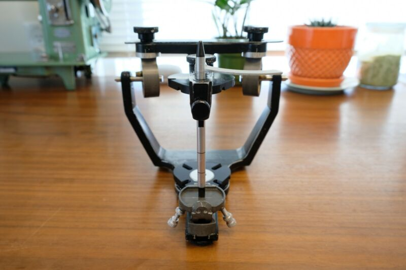 WhipMix Hanau Wide-Vue Articulator Plus Magnetic Baseplates, Case, and Jig