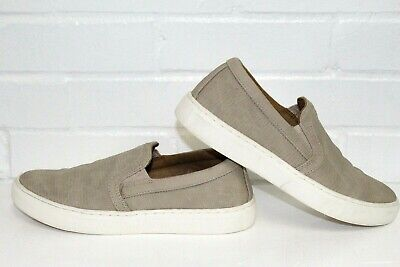 Indigo RD.  Slip on Casual Shoes Women's SZ 7.5M taupe/camel ? Color
