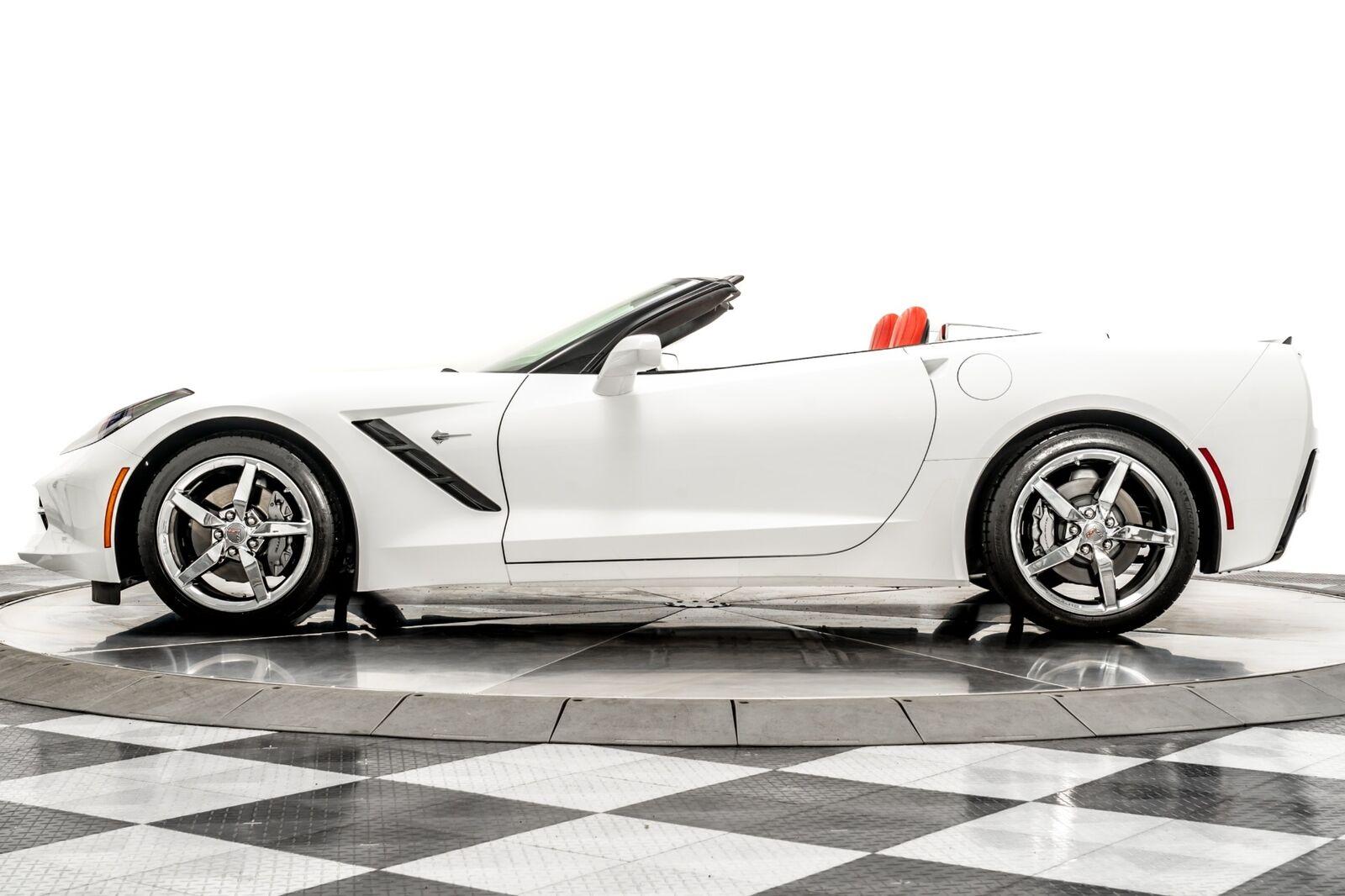 2015 White Chevrolet Corvette Convertible 3LT   C7 Corvette Photo 5