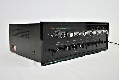 Sansui AU-999 Solid-State Stereophonic Amplifier