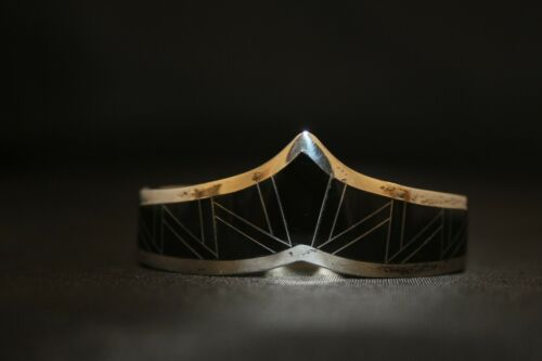 HEAVY TAXCO 925 STERLING SILVER BLACK ONYX HINGED BANGLE BRACELET 96.5 Grams