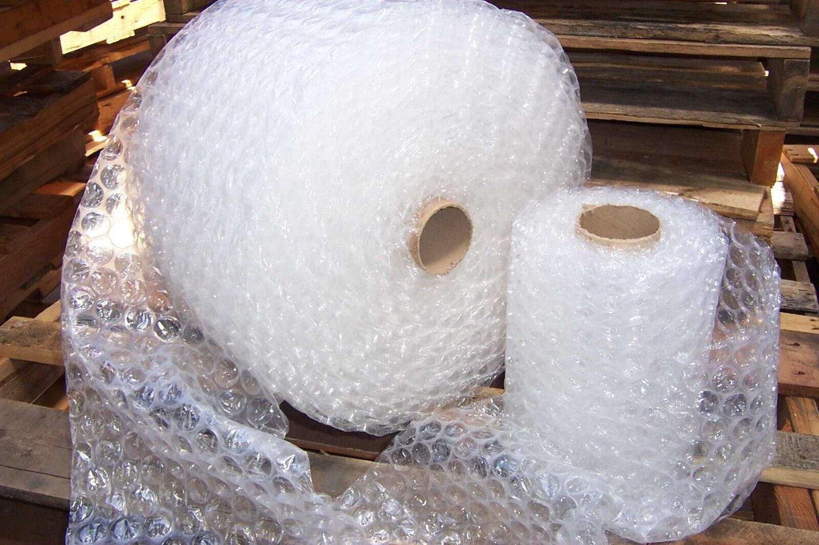 "Bubble Cushioning Wrap 1/2""- 250 ft x 12"" perforated every 12"" (4 rolls=250f)"