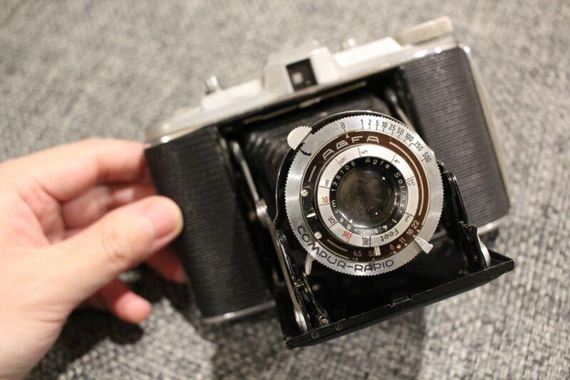 TESTED! Agfa Isolette (Jsolette) Folding Film Camera Solinar 85mm f/4.5 Lens