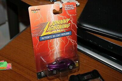 2000 Johnny Lightning-Purple 1941 Willy's Coupe Hot Rod-Purple '41 Willys HotRod 41 Willys Coupe Hot Rod