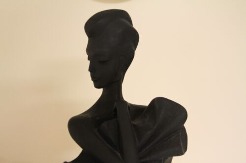 Rare Beautiful Vintage Fifth Avenue High Fashion Sculpture by A. Daniel (c.1990)