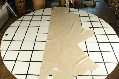 Burlington Beige Spectacular Leather Half Hide approx 22 sq ft LR25S2-9