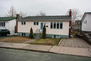 5 Pynn Pl- Freshly painted 3 bedroom home with HEAT INCLUDED!