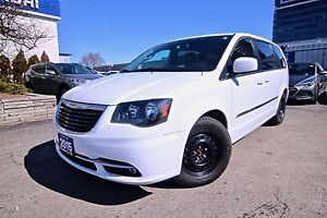 2015 Chrysler Town & Country S, DVD, LEATHER, NAVI, CAMERA, BLUE