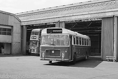Trent Motor Traction Alfreton Depot May 1984 Bus Photo view 2