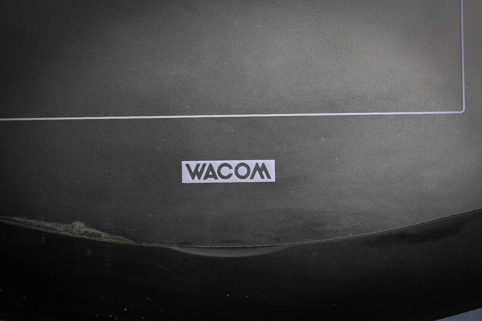 2 tablettes graphique  wacom et genius  format 5x4