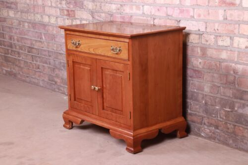Stickley American Colonial Solid Cherry Wood Nightstand, Circa 1950s