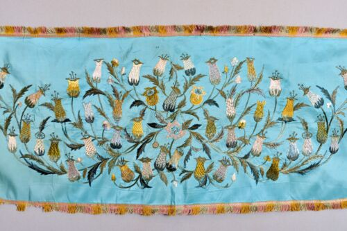 SUPERB ANTIQUE 18th C EUROPEAN CONTINENTAL (FRENCH?) TAPESTRY EMBROIDERY TEXTILE