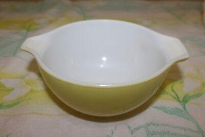 Pyrex 1 1/2 Pint Green White Bowl #34 Made in USA