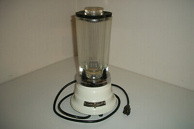 VINTAGE Waring Kitchen Blender - Model 1120 - Mid Century Design - White