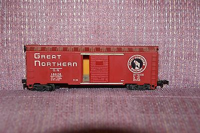 HO Great Northern Box Car #18626 w/Operating Doors By Varney on Rummage