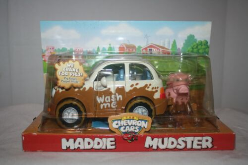 Maddie Mudster 2004 Car with Pig Finger Puppet + Chevron Cars Brochure & Poster