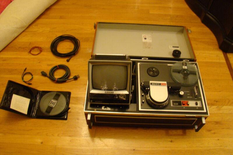 Sony TAV-3610 Combination Videocorder (AV-3600) & TV (CVM-51UWP)